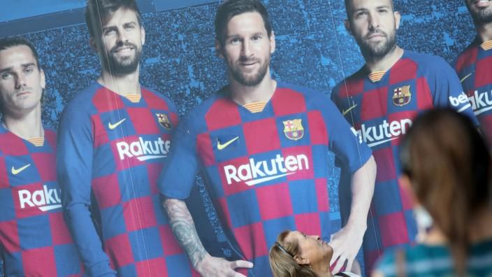 Lionel Messi's FC Barcelona transfer request