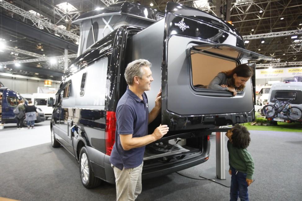 Trend Campingbus/Van: James Cook mit Slide-Out und Hochdach  Westfalia Mobil GmbH, Halle 15 D 03
