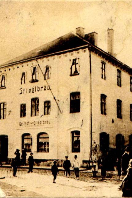 Wirtshausserie / Etcetera (Gasthof Stieglbräu) , Helmut Priller
