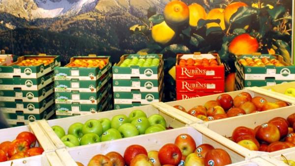 In Südtirol werden zahlreiche Apfelsorten angebaut, bei der Messe Food & Life 2004 in München sind 14 Apfelsorten aus der Region angeboten worden.