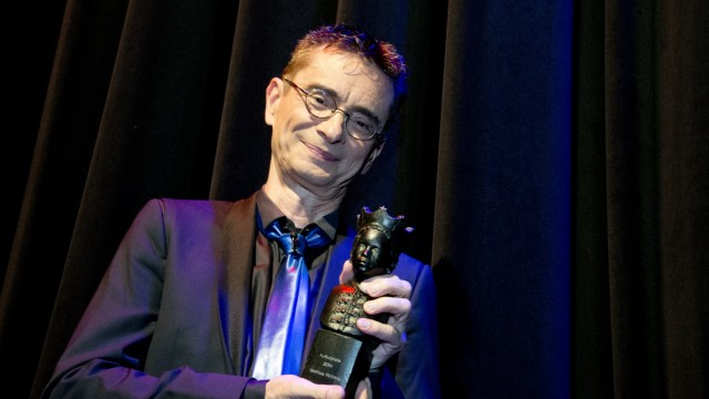 Unterföhring: 'Unterföhringer Mohr' - Publikumspreis an Mathis Richling