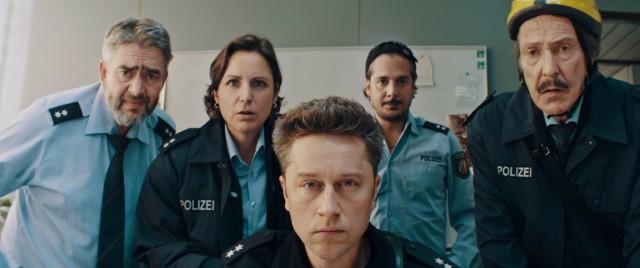 Kinostart - 'Faking Bullshit'