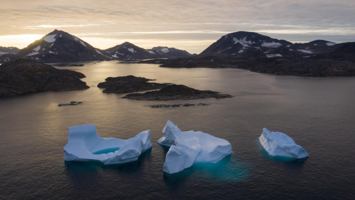 Grönland wird von unten ausgehöhlt - Süddeutsche Zeitung - SZ.de