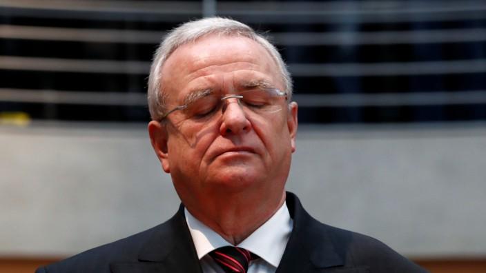 Martin Winterkorn 2017 vor dem Diesel-Untersuchungsausschuss des Bundestags