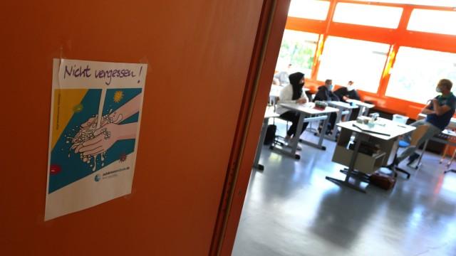 Schule in Bayern 2020: Erster Schultag während der Corona-Pandemie