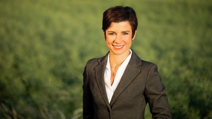 Pressebild: Carolin Weitzel,  CDU-Bürgermeisterkandidatin von Erftstadt