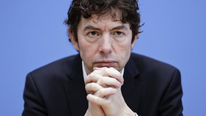 02.03.2020, Berlin, Deutschland - Prof. Dr. Christian Drosten