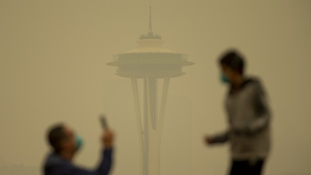 Massive Smoke Cloud Descends On Seattle Amid Historic Fires