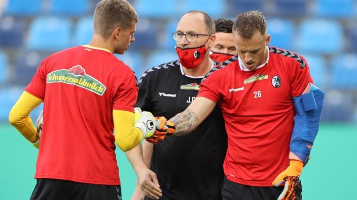 SV Waldhof Mannheim v Sport-Club Freiburg - DFB Cup: First Round
