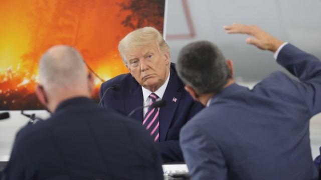 Waldbrände in Kalifornien: US-Präsident Donald Trump während eines Briefings