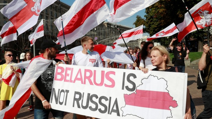 Rally in solidarity with Belarusian opposition supporters in Kyiv