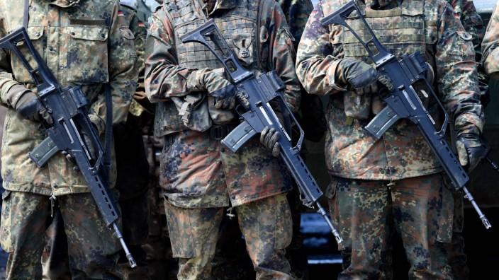 Bundeswehr: Ausgedient: Bundeswehrsoldaten mit G36-Gewehren bei einer Übung.