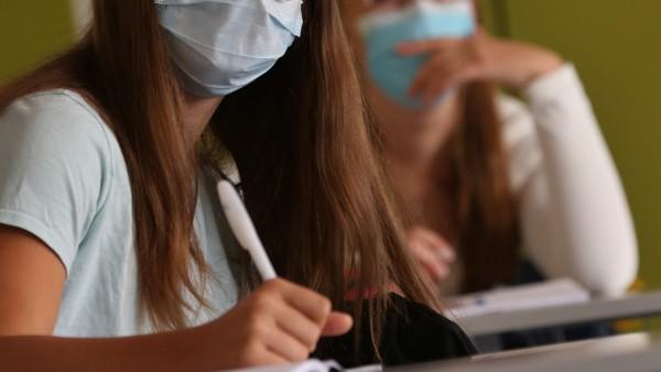 Gericht: Attest gegen Maskenpflicht an Schulen nur mit Diagnose