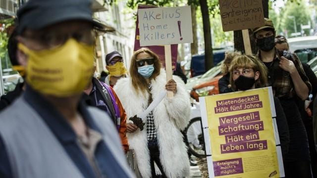 Demonstration begleitet Klage gegen den Berliner Senat