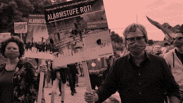 Demonstration GER, Berlin,20200909, Demo , der Veranstalterbranche in Berlin, Alarmstufe rot, am Brandenburger Tor *** D