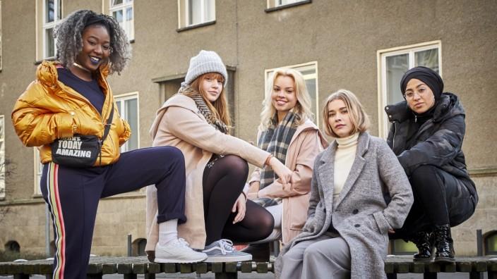 """alter Cast der Serie """"Druck"""" vom Netzwerk Funk"""