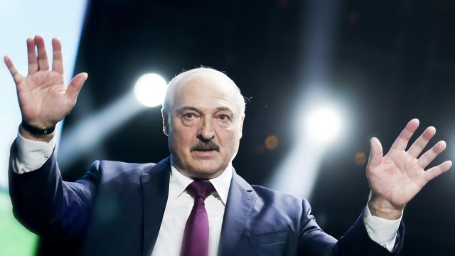 Belarus: Präsident Alexander Lukaschenko bei einer Rede 2020 in Minsk