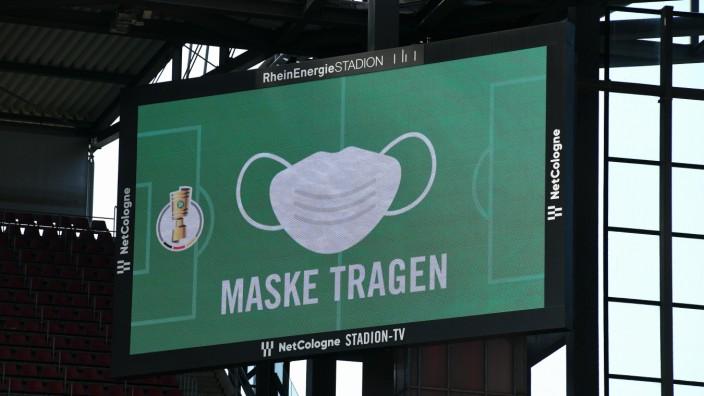 Sport Bilder des Tages Fussball, Deutschland, Herren, DFB-Pokal, Saison 2020/2021, 1. Runde, Rhein Energie Stadion Köln,
