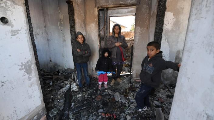 February 7, 2020, Bihac, Bosnia and Herzegovina: Refugees in abandoned building at Bira camp in Bihac
