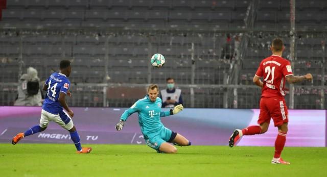 Bundesliga - Bayern Munich v Schalke 04