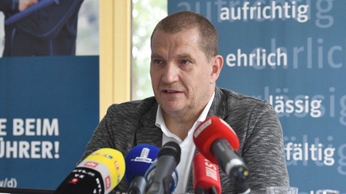 Eisschnelllauf, Pressekonferenz des kommissarischen DESG-Präsidenten Matthias Große in der Müggelturm-Baude in Berlin-K