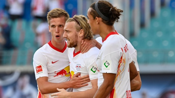 RB Leipzig: Spieler bejubeln ein Tor gegen Mainz 05