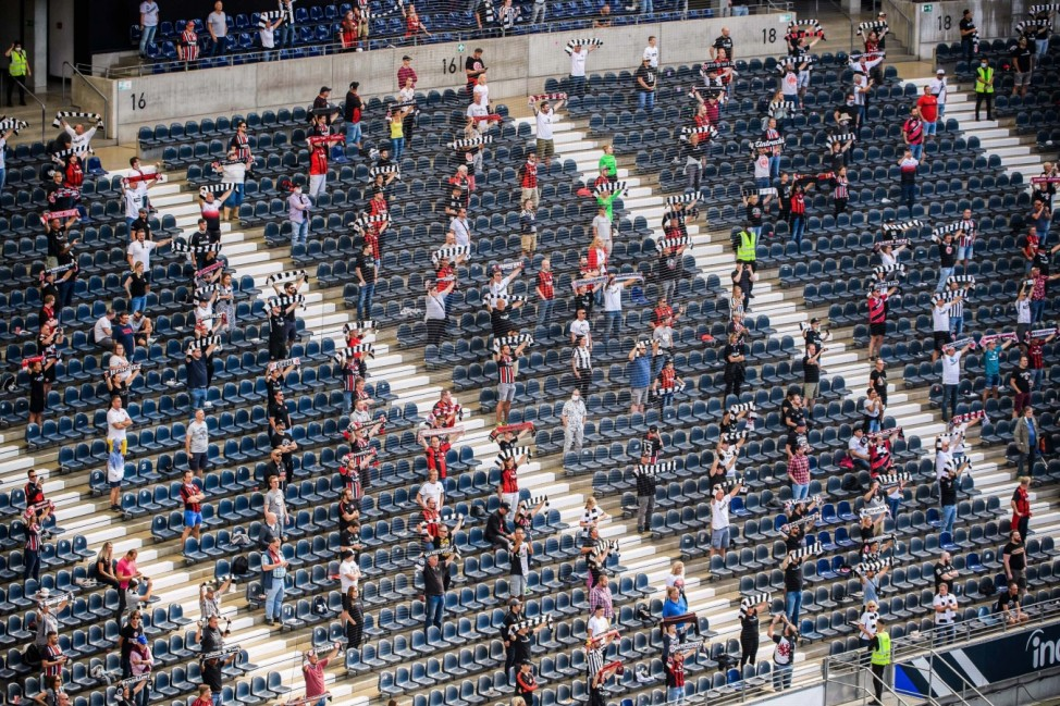 (200920) -- FRANKFURT, Sept. 20, 2020 -- Fans are seen in the Deutsche Bank Park prior to a German Bundesliga match bet 200920 -- FRANKFURT, Sept. 20, 2020 -- Fans are seen in the Deutsche Bank Park prior to a German Bundesliga match between Eintracht Frankfurt and Arminia Bielefeld in Frankfurt, Germany, Sept. 19, 2020. About 6,500 fans were permitted to enter the stadium to watch the German Bundesliga match between Eintracht Frankfurt and Arminia Bielefeld in Frankfurt on Saturday. Photo by /Xinhua SPGERMANY-FRANKFURT-SOCCER-BUNDESLIGA-FRANKFURT VS BIELEFELD-FANS KevinxVoigt PUBLICATIONxNOTxINxCHN