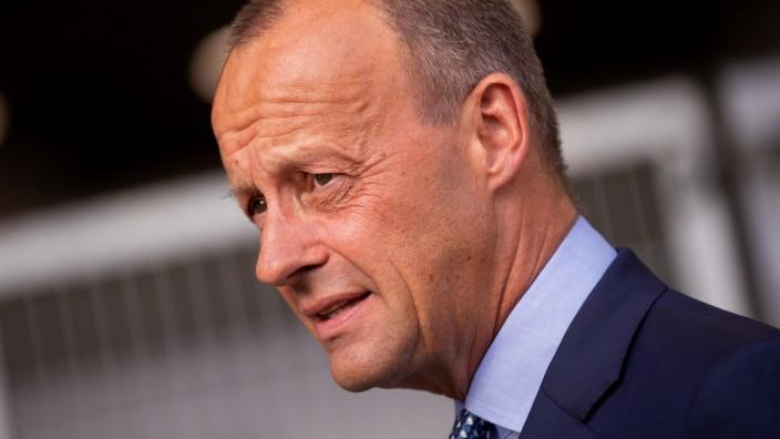 Merz rügt: Finanzminister haut Geld raus, als gäbe es kein Morgen