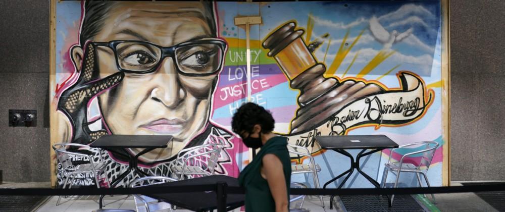 Graffiti der Supreme-Court-Richterin Ruth Bader Ginsburg in Washington