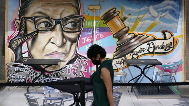 Graffiti der Supreme-Court-Richterin Ruth Bader Ginsburg in Washington