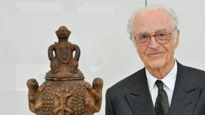 Herzog Franz von Bayern vermacht Pinakothek der Moderne afrikanische Keramiken, 2018