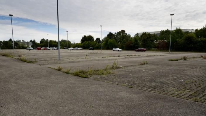 Poing, Parkplatz bei OCE Gelände