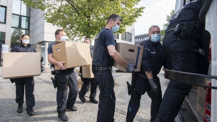 Razzia in der Region Hannover: Großaktion gegen illegale Leiharbeit in Fleischindustrie