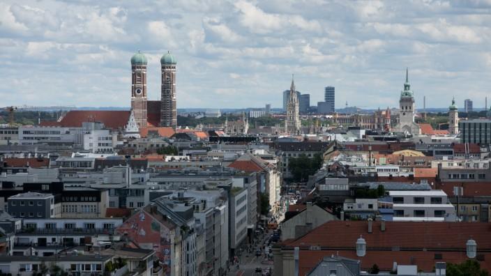 Blick über München von einem Hochhaus auf der Schwanthalerhöhe, 2020