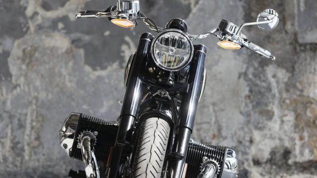 Leute für cruiser motorrad große Mittelklasse