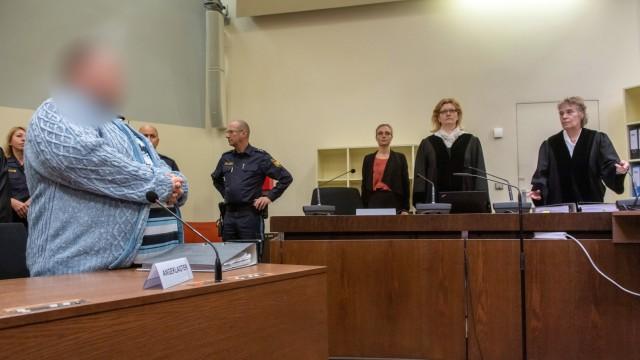 Plädoyers in Prozess gegen Hilfspfleger wegen Mordes