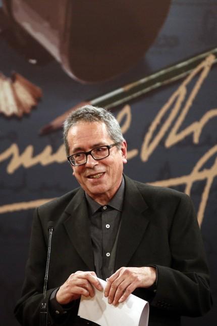 Argentinian writer and winner of the Ibero American Narrative Award Manuel Rojas Cesar Aira speaks