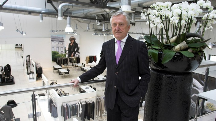 Gerhard Weber (GER/Vorstandsvorsitzender Gerry Weber International AG) in einem Showroom in Düsseldorf