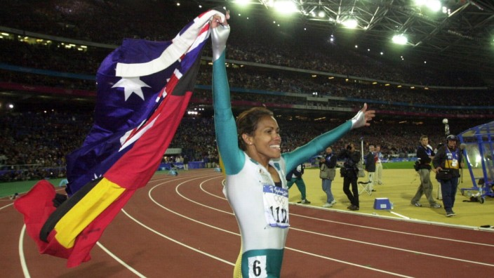 OLYMPICS ATHLETICS 400M FINAL, (RUN219) 25th September, 2000. Sydney Olympic Games, Olympische Spiele, Olympia, OS Athl; Cathy Freeman