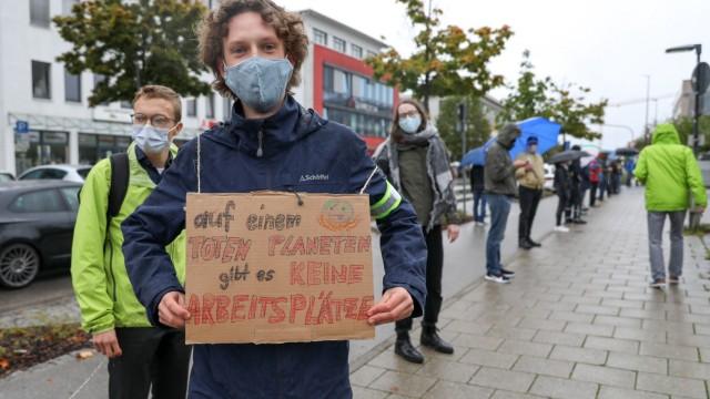 GERMERING:  Menschenkette von Germering for Future