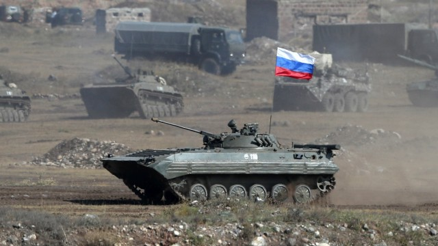ALAGYAZ, ARMENIA - SEPTEMBER 24, 2020: A Russian tank takes part in the Kavkaz-2020 Caucasus 2020 military exercise at