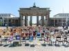 Gastronomen, Veranstalter und Hoteliers protestieren in Berlin gegen unzureichende Corona-Hilfen