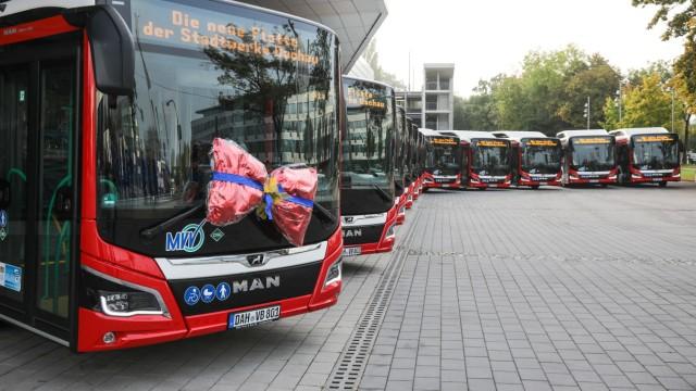 Neue Busse