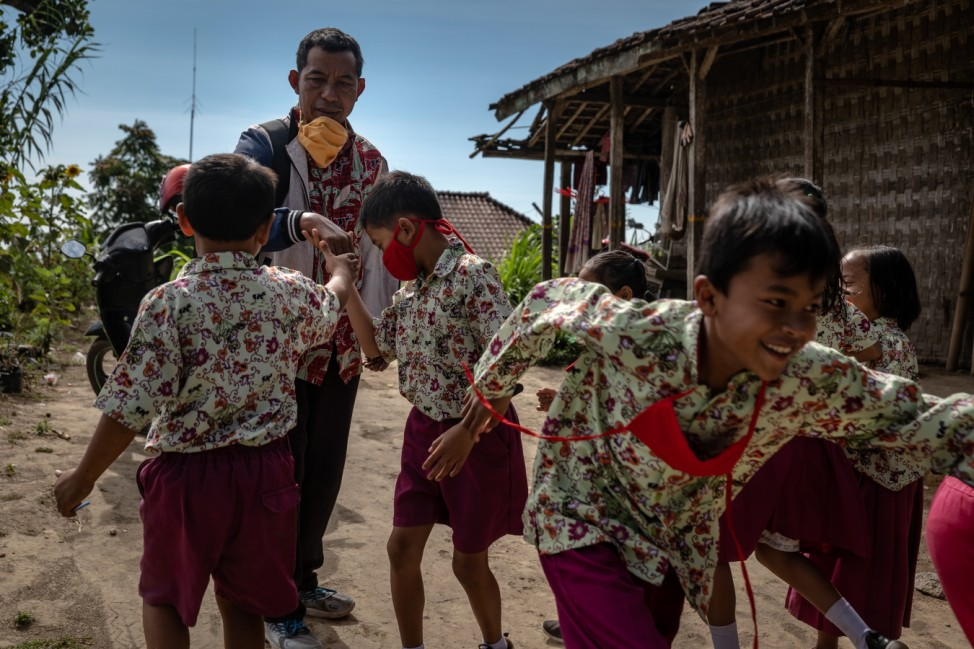 Indonesian Education System Challenged By Coronavirus Lockdowns