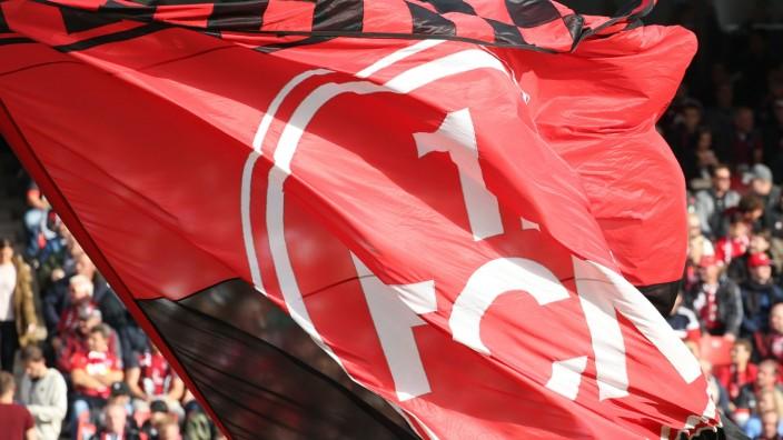 1. FC Nürnberg: Fahne im Max-Morlock-Stadion