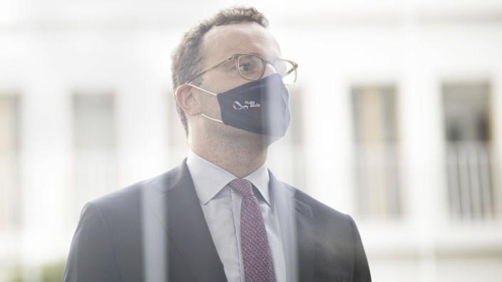 Unterrichtung der Bundesregierung zu Corona-Impfstoffen in der Bundespressekonferenz: Jens Spahn, Bundesminister fuer Ge