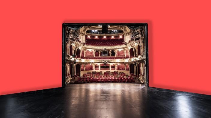 Umgebaute Sitzreihen zur Einhaltung der Abstandsregeln im Berliner Ensemble, aufgenommen in Berlin, 28.05.2020. Aufgrund