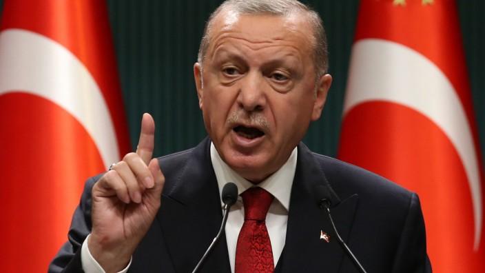 Türkei: Die Türkei und Präsident Recep Tayyip Erdoğan fühlen sich dank einer konsequenten Aufrüstung von Marine und Luftwaffe stark.