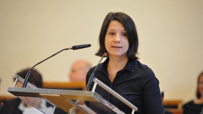 Anne Hübner bei Haushaltsdebatte im Münchner Stadtrat, 2019