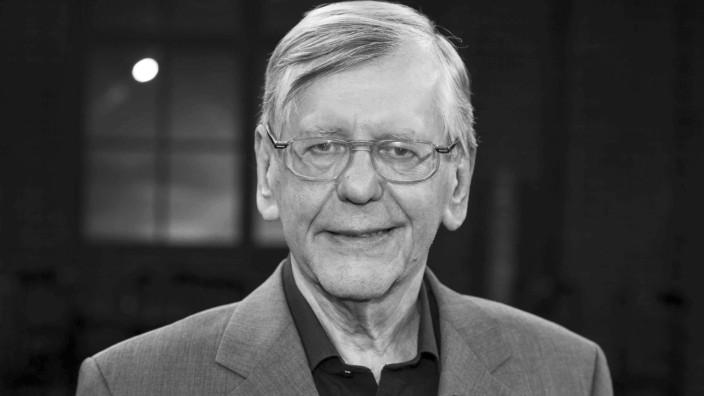 Herbert FEUERSTEIN Deutschland Kabarettist und Entertainer Portrait Portraet Porträt Solo Ein